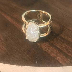 Kendra Scott Gold color Stone ring Sz 6